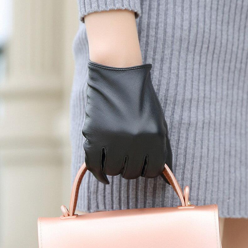 觸控手套真皮手套-黑色簡約山羊皮加絨女手套73wm54【獨家進口】【米蘭精品】 1