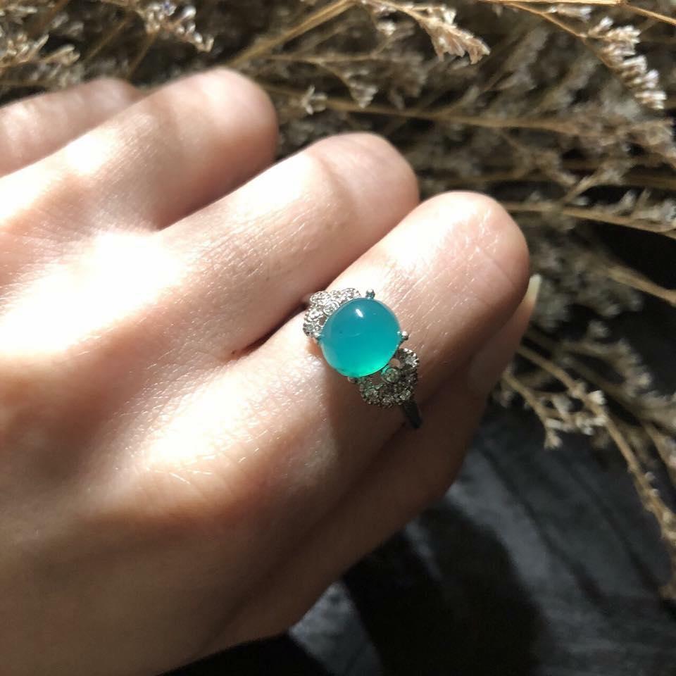 【微笑商城】藍寶石 藍玉髓 925銀鍍K 產地印尼 重量2.2克拉 戒指 戒圍 10.5(固定圍) 送禮 節日 母親節 真品