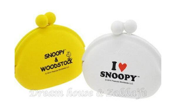 日本進口 Snoopy 史努比 矽膠果凍 零錢包 / 小物包 / 貝殼包 大 《化妝包 / 雜物包 / 小物收納 多用途喔》《2款任選》★ Zakka'fe ★ 2