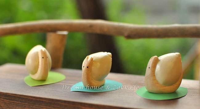日本 T-Lab 手工原木製 小蝸牛《 迷你可愛 》★ Zakka鄉村風 ★ - 限時優惠好康折扣