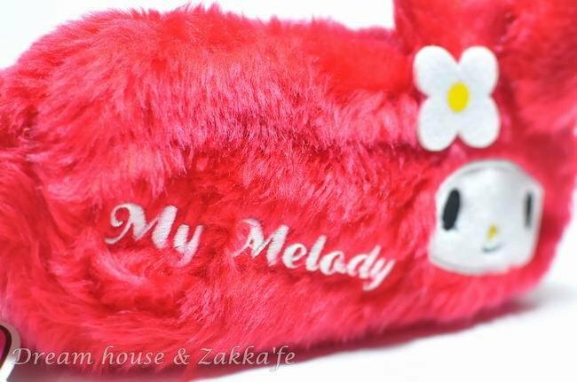 日本正版 三麗鷗系列 Melody 萬用收納包 / 化妝包 / 筆套 《 紅色長毛 》★ 超可愛 ★ - 限時優惠好康折扣