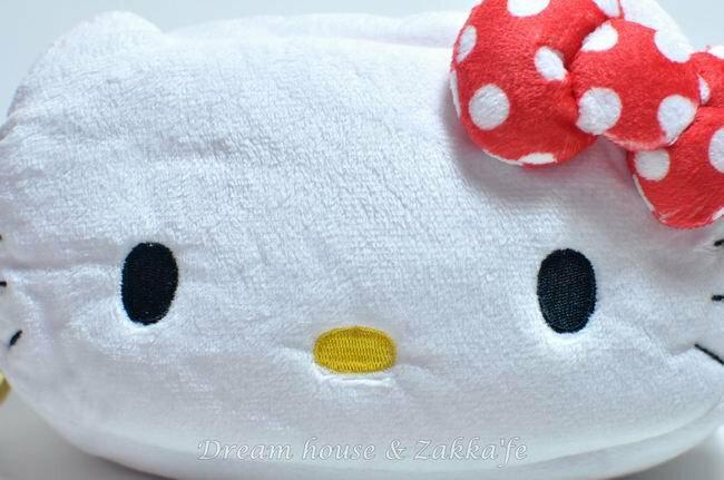 日本正版 三麗鷗系列 Hello Kitty 萬用收納包 / 化妝包 / 筆套 《 點點 》★ 超可愛 ★ 日本限定 - 限時優惠好康折扣