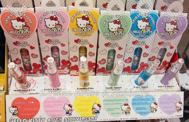 日本三麗鷗 Hello Kitty 40週年紀念 日本限定 迷你小香水 《 6款任選 》★ 日本製 日本原裝進口 ★ - 限時優惠好康折扣