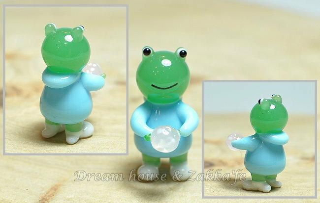 日本硝子 玻璃工藝 小青蛙玩雪球 擺飾 《和風小物》★ 日本製 ★ Zakka'fe ★ - 限時優惠好康折扣