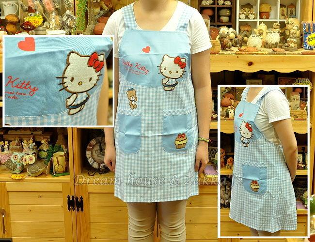 日本限定 Hello Kitty 甜點藍格子 圍裙 / 工作服 《 日本三麗鷗 》★ Zakka'fe ★ - 限時優惠好康折扣