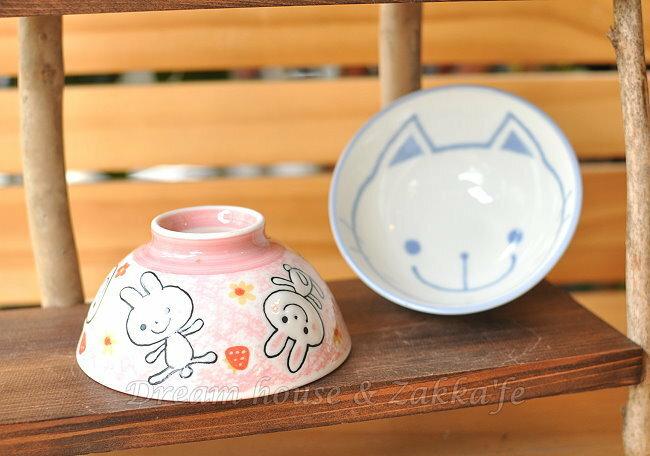 日本製 陶瓷茶碗 / 兒童碗 / 飯碗 / 碗 《 粉紅小兔 / 藍色小貓 2款任選 》 《 日本進口 》★ Zakka'fe ★ - 限時優惠好康折扣
