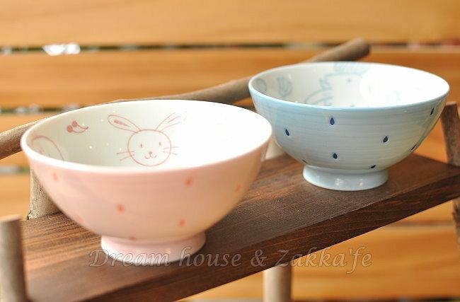 日本製 PiPi 雨點 陶瓷茶碗/兒童碗/飯碗/碗 《 藍大象/粉兔子 2款任選 》 《 日本進口 》★ Zakka'fe ★