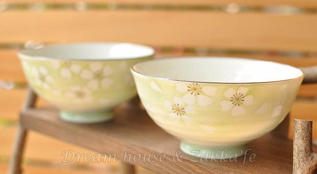 日本製 和心 綠色陶瓷茶碗 / 兒童碗 / 飯碗 / 碗 梅花 《 日本進口 》★ Zakka'fe ★ - 限時優惠好康折扣