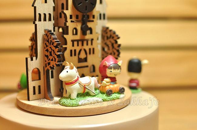 木製剪影旋轉音樂鈴 《 幸福城堡 》 ★ 質感超好 ★ Zakka'fe 1