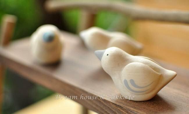 日本 T-Lab 手工原木製 小鳥《 3色任選 》★ Zakka鄉村風 ★ - 限時優惠好康折扣