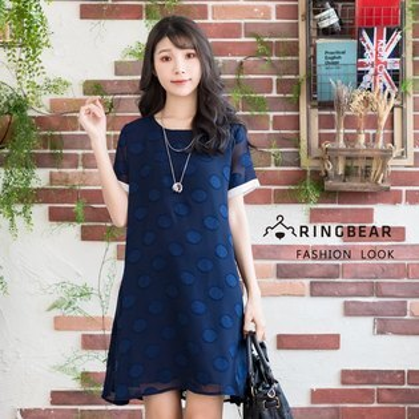 雪紡洋裝--優雅袖口撞色圓形貼布繡寬鬆A字雪紡圓領短袖洋裝(藍L-3L)-D497眼圈熊中大尺碼