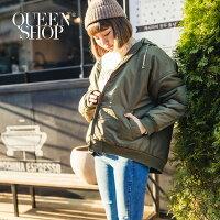 飛行外套推薦到Queen Shop【02070924】厚鋪棉抽繩連帽飛行外套 兩色售*預購*就在Queen Shop推薦飛行外套