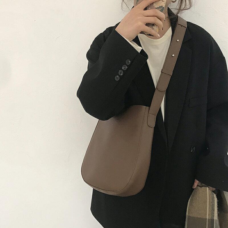 水桶包 包包女潮時尚復古水桶包百搭ins斜挎包小眾大容量單肩包 【CM524】