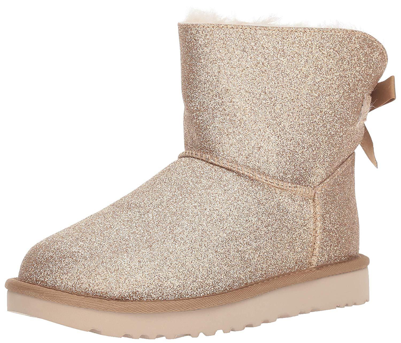 67ed0abeca7 Ugg Australia Womens Mini Bailey Closed Toe Ankle Fashion Boots
