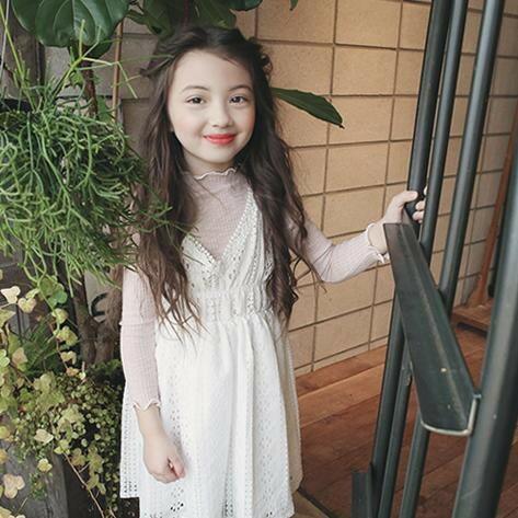 TUTTO BENE ♥ 甜美花邊立領羅紋上衣