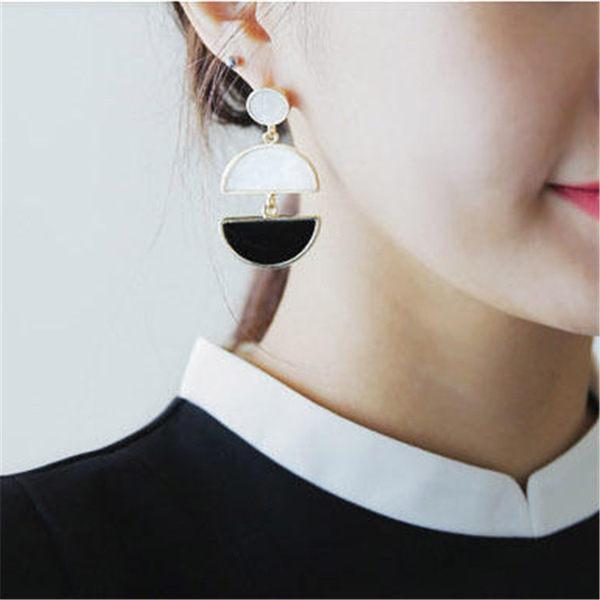 PS Mall 日 誇張簡約復古半圓扇形幾何撞色氣質大耳環女耳釘配飾品~G2245~