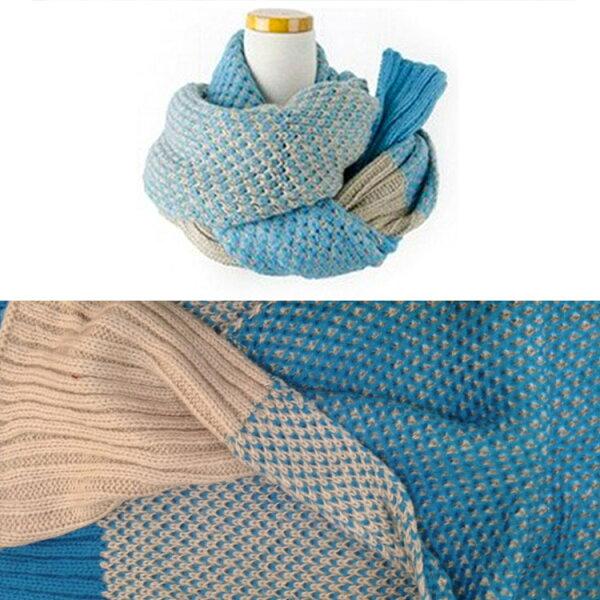 77美妝:雙色粗針編織保暖圍巾