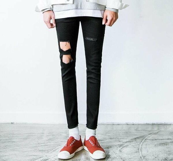 FINDSENSEZ1韓國時尚潮男修身黑色純色雙破洞小腳褲九分褲休閒長褲學生牛仔褲