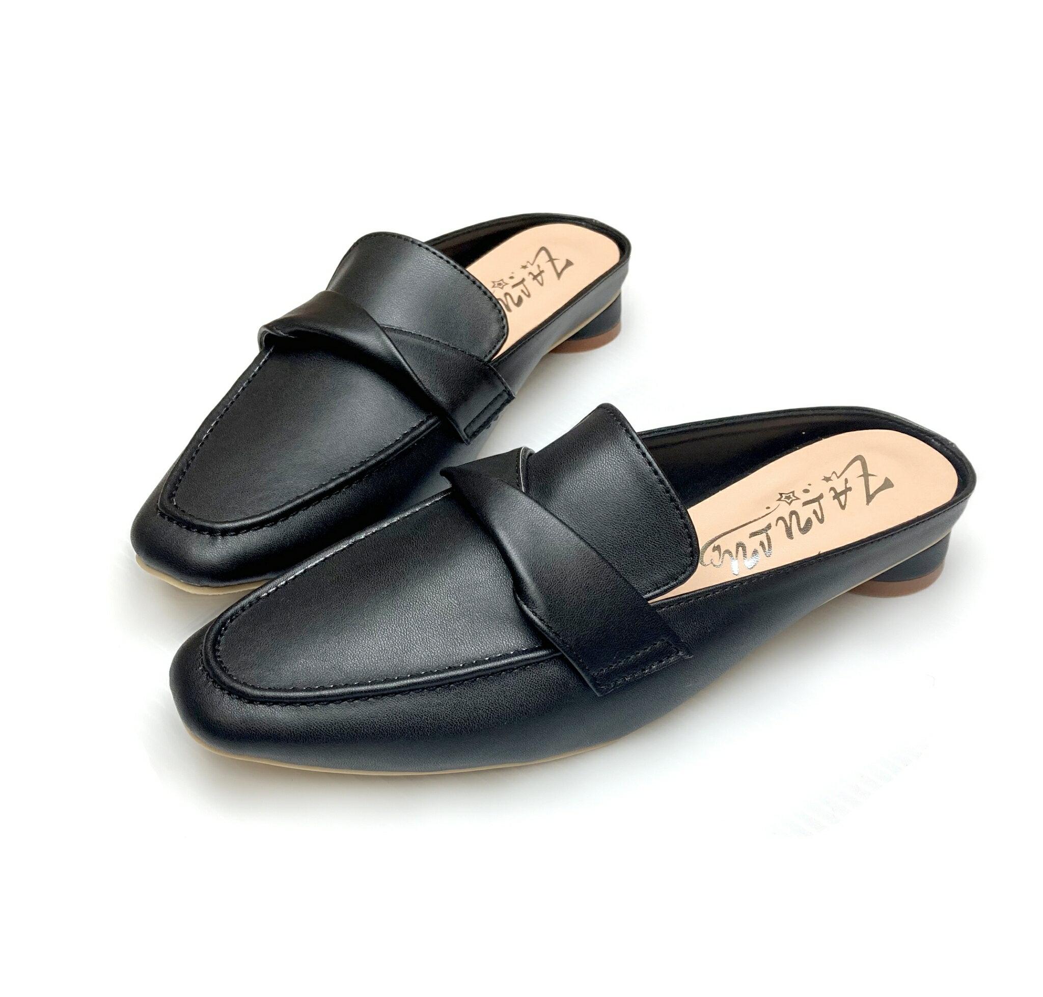 【現貨】9009Z1230 簡約小方頭皮飾圓跟穆勒鞋-棕/黑-35-39【ZALULU愛鞋館】►滿$399免運