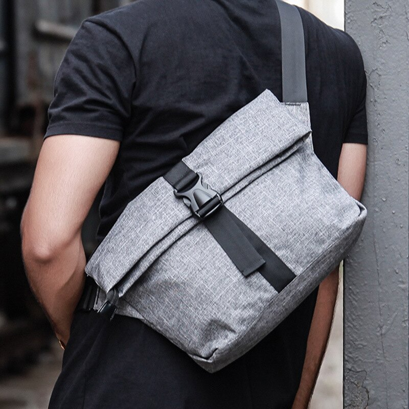 【瞎買天堂x小巧實用】時尚方型斜背包 單車包 側背包 iPad包【BGAA0119】
