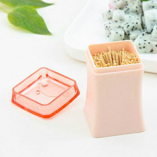 ♚MY COLOR♚造型葉子牙籤盒(附牙籤) 瓶罐 擺飾 收納 帶蓋 衛生 棉花棒 髮夾 糖果色【N87-1】