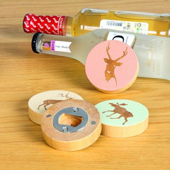 Mycolor:♚MYCOLOR♚麋鹿造型刻花實木開瓶器創意卡通木質啟瓶器冰箱貼啤酒瓶起子【P415】