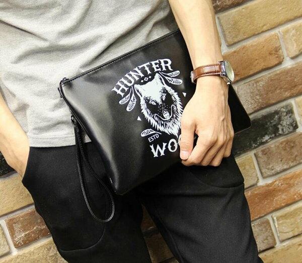 FINDSENSEZ1韓國時尚潮男皮質多功能休閒狼印字母手拿包手機包手抓包側背包