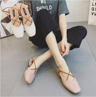 Pyf♥方頭粗低跟交叉繫帶包頭鏤空後空涼鞋加大45大尺碼女鞋