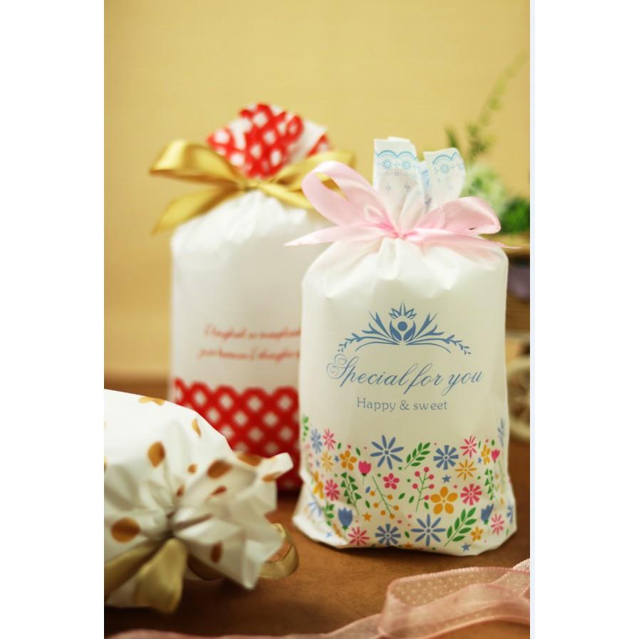 【嚴選SHOP】1入 可愛束口袋 糖果袋 餅乾袋 巧克力袋 禮品袋 禮物抽繩袋 婚禮小物 包裝 塑膠 伴手禮【D083】