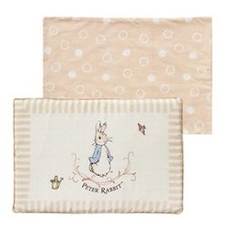 奇哥優雅比得兔乳膠枕/嬰兒平枕(附2入枕套) 660元