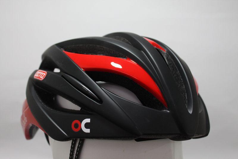 【7號公園自行車】OCTO 平價款輕量安全帽(黑/紅)