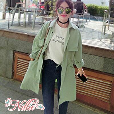 Nillie‧街頭時尚翻領素色長袖排扣大衣04/26(白/綠)【N98377】現+預