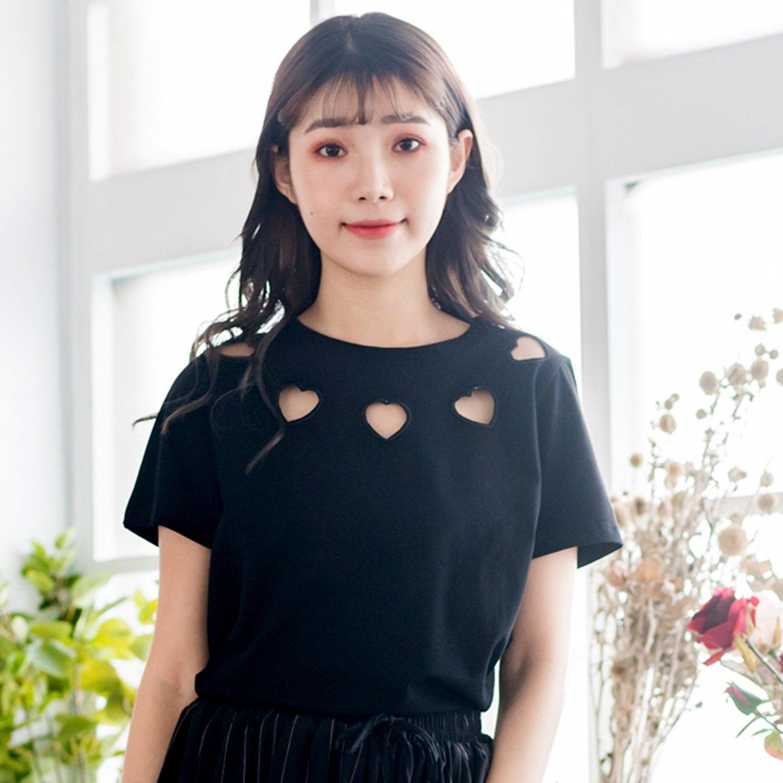 T恤--休閒風個性刺繡鏤空甜美愛心寬鬆修身黑色圓領短袖棉T(黑L-4L)-T333眼圈熊中大尺碼 0