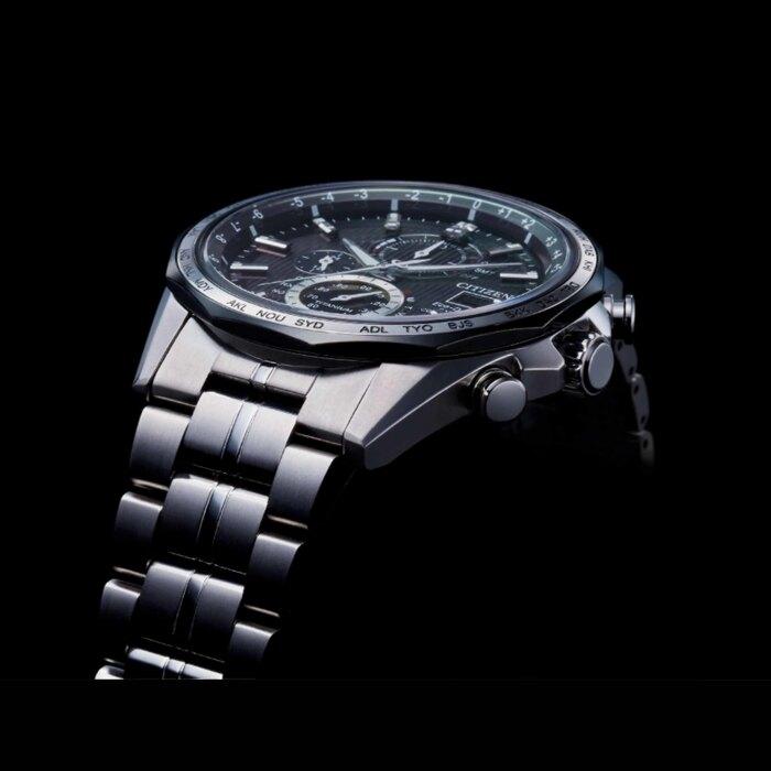 CITIZEN星辰 AT8218-81E 光動能電波對時鈦金屬時尚腕錶 44mm