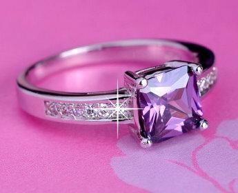 6mm優雅紫晶方鑽鋯石戒指 國際圍13號 零碼 ~  好康折扣