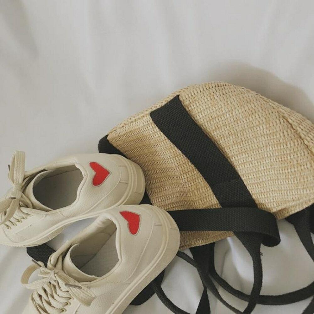 休閒鞋愛心小白鞋女春季新款百搭韓版學生系帶休閒鞋平底板鞋1992鞋 喵小姐