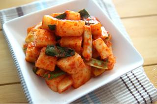 (組合價9折)---醃製蘿蔔泡菜組合包(粗鹽200g×2包&細辣椒粉200g×2包&玉筋魚魚露800ml)
