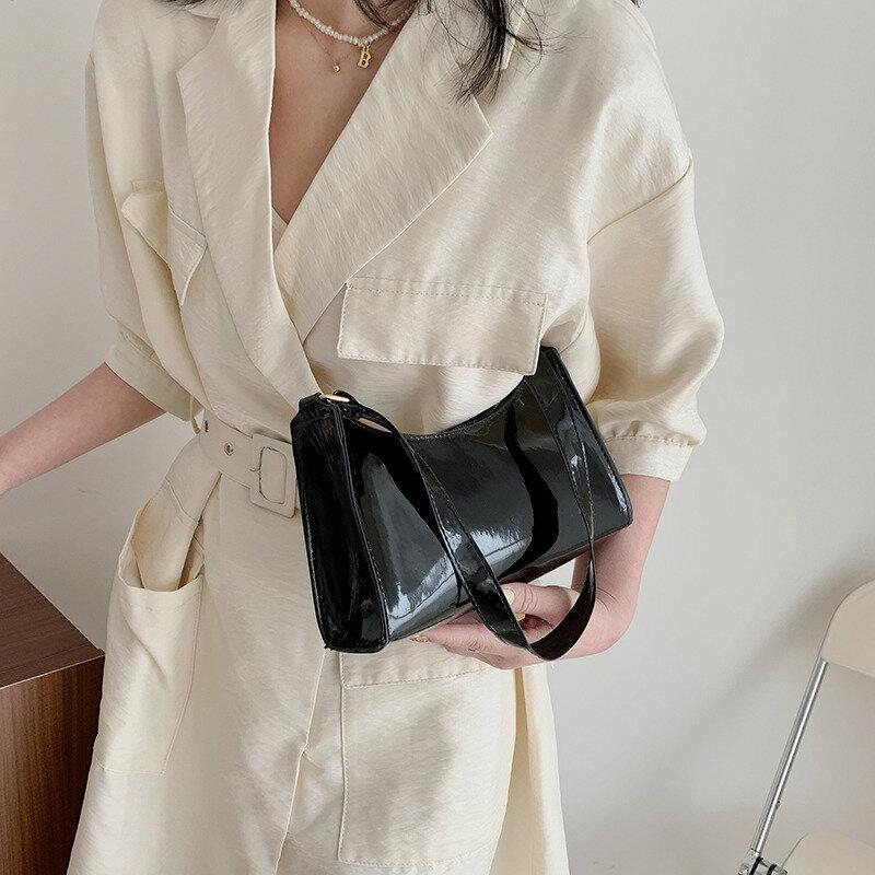 洋氣小包包女2021新款潮時尚春季單肩腋下包洋氣簡約氣質小方包