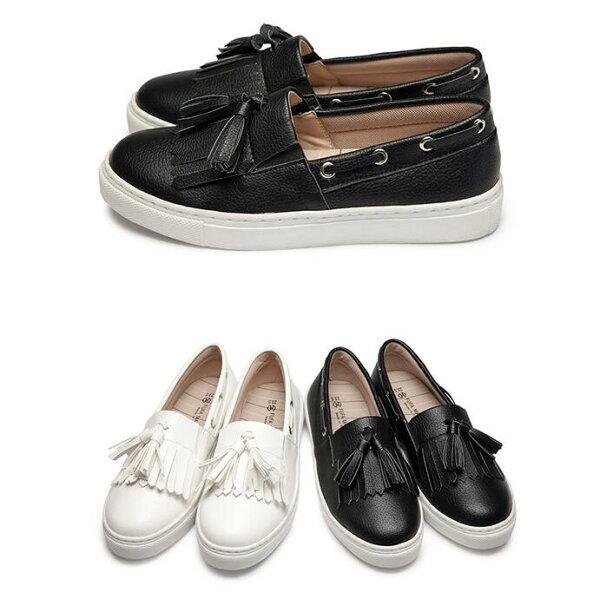 【Mystyle】富發牌1BC18麥穗流蘇設計造型懶人鞋(黑.白)23-25號-任兩雙免運