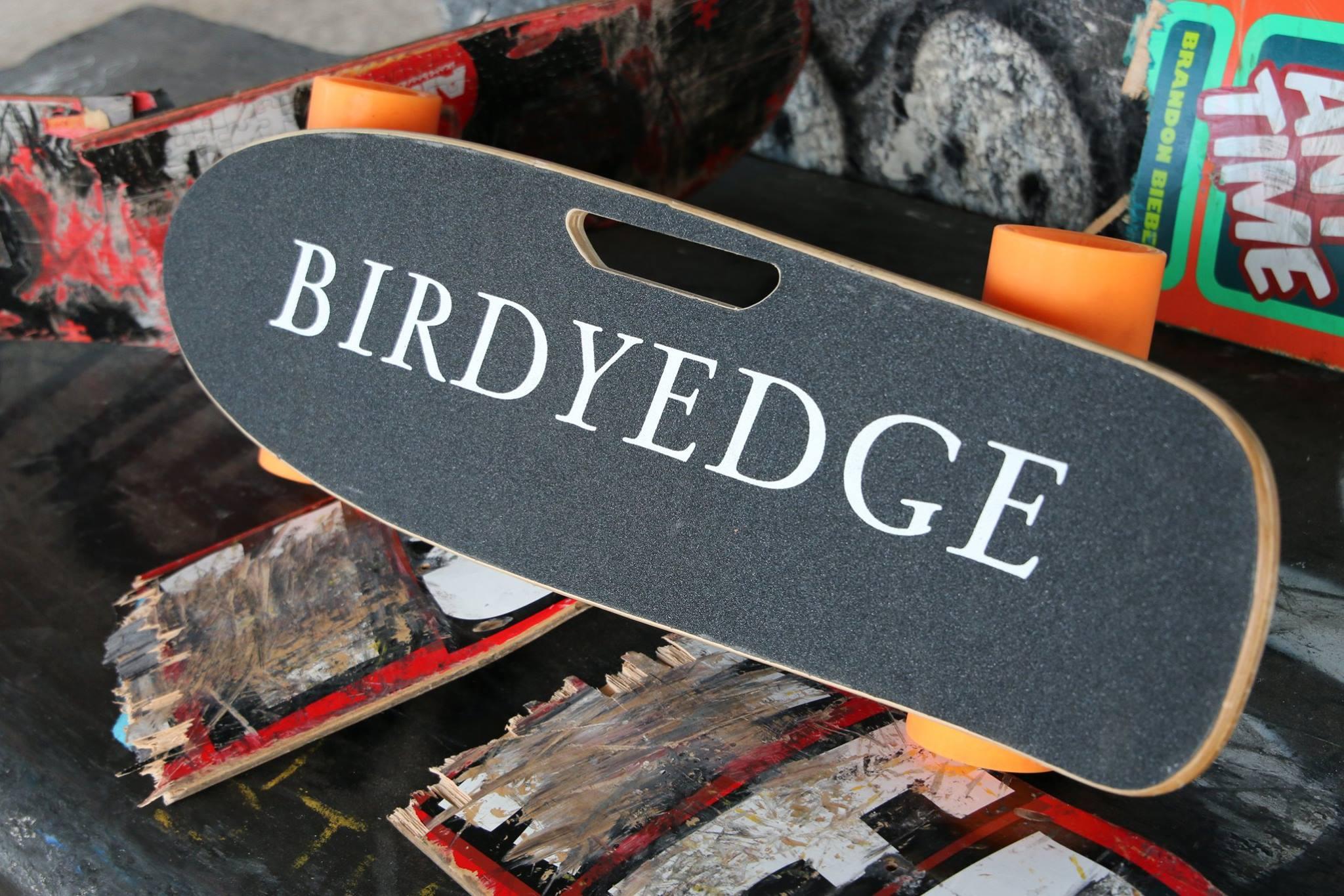 BIRDYEDGE 設計 美國電動滑板 電動車 滑板 四輪車 木製 滑板 滑板車 代步車 車LG