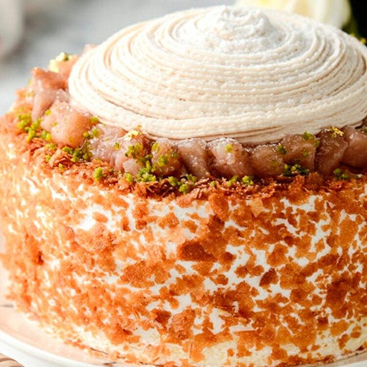 限量促銷~買一送一~~慶祝父親節--凡訂購父親節蛋糕送6吋岩燒起士峰蜜蛋糕❤濃情蜜芋6吋芋泥蒙布朗❤採用大甲芋頭研製純芋泥餡,布丁,新鮮野莓果組成三層不同口感滋味~ 1