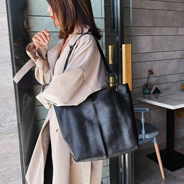 網紅單肩大包包女  新款潮韓版百搭大容量軟面斜挎包時尚托特包