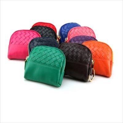 * Anne&Alice包包購 * ~純手工編織經典時尚繽紛色彩格子可愛款拉鍊零錢包熱銷款特價中 ~多色可供選擇~*