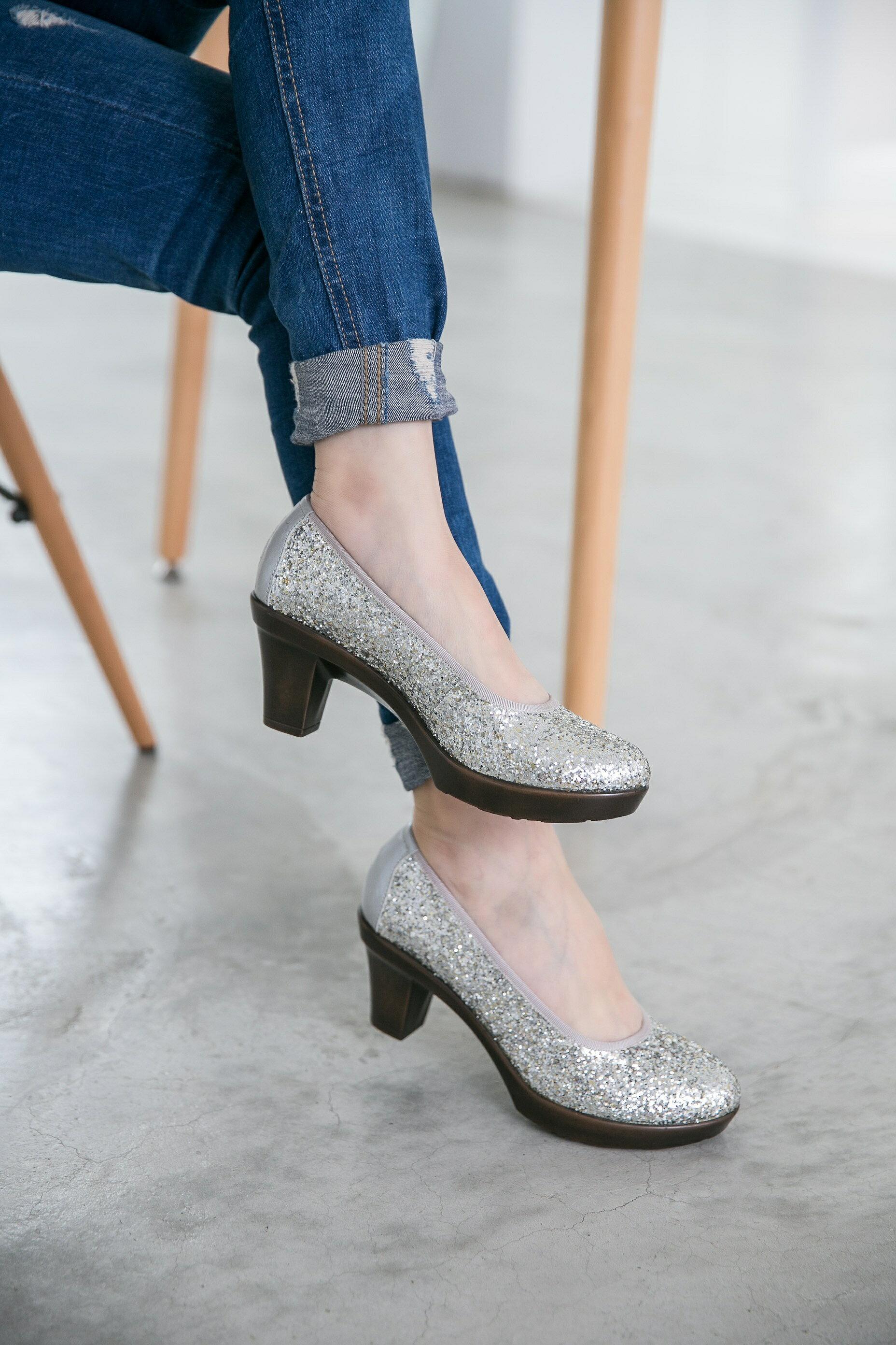 Aimez La Vie 舒適跟鞋|閃閃亮鑽約會Party厚底中跟鞋 0