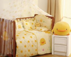 【特惠組】黃色小鴨嬰兒床+7件床被組(3色) 1