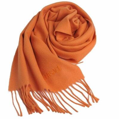 VERSACE 凡賽斯品牌字母LOGO刺繡高質感羊毛圍巾(橘色)