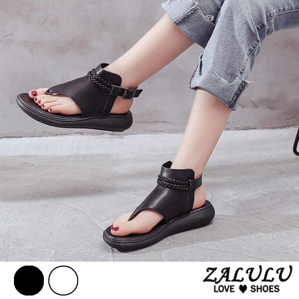 ZALULU愛鞋館 7EE056 預購 美魔女.個性編織平底夾腳涼鞋-黑/白-36-40