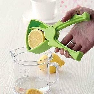 =優生活=檸檬夾壓汁器簡易手動榨汁器手工水果榨汁機 DIY果汁機