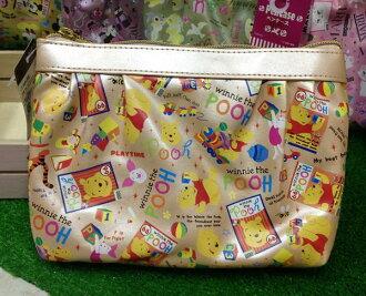 =優生活=日本進口 迪士尼系列 維尼亮面化妝包 收納包 筆袋