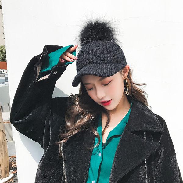 麻吉小舖:新款韓版秋冬毛線馬術帽百搭保暖針織帽毛球鴨舌帽